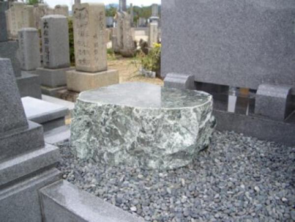 墓石 荷物置き(自然石)